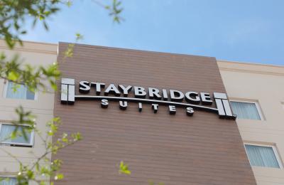hotel staybridge en saltillo